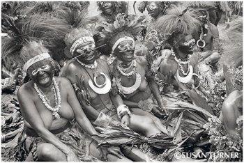 Chimbu Women Having a Great Time